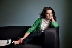 avslappnande kvinna Royaltyfri Foto