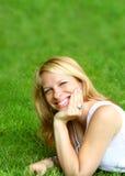 avslappnande kvinna Fotografering för Bildbyråer