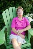 avslappnande kvinna för spelare mp3 Royaltyfri Foto