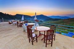 Avslappnande punkt på berget i Chiangmai Thailand Arkivfoton
