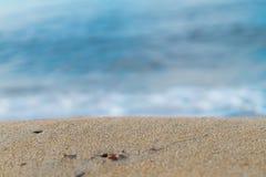 Avslappnande sikt av stranden Arkivfoto