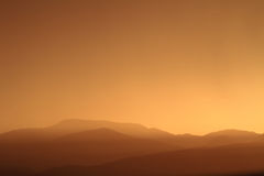 Avslappnande solnedgång Arkivbild