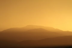 Avslappnande solnedgång Royaltyfri Bild