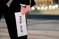 avslutning för rosa slip för meddelande för holdingjobbchef Royaltyfri Bild