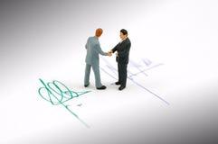 avtalshandshake Arkivbilder