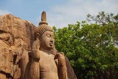 Avukana statua jest trwanie statuą Buddha Sri Lanka Ho Fotografia Stock