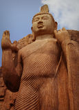 Avukana statua jest trwanie statuą Buddha Sri Lanka, Kekirawa Zdjęcie Stock
