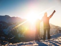 Avventura agli sport invernali Ragazza dello Snowboarder Immagine Stock