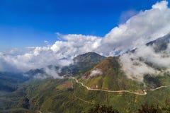 Avventura del paesaggio della montagna del Vietnam Fansipan Fotografie Stock Libere da Diritti