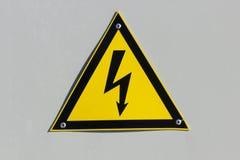 Avvertenza - alta tensione! Fotografie Stock