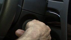 Avvii il motore dell'automobile archivi video