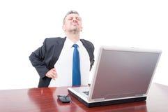 Avvocato professionista che soffre dal dolore alla schiena Immagine Stock