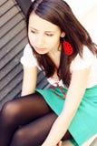 away flicka som ser deltagaren Royaltyfri Fotografi