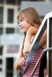 away flicka som ser tonårs- Fotografering för Bildbyråer