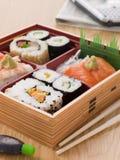 away take för sushi för bentoasksashimi royaltyfria bilder