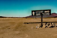 The Chili-Bolivia border on 12.000ft above sea level stock images