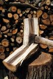 axe древесина хобота утюга chop Стоковые Изображения