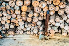 Axe cut firewood Royalty Free Stock Images