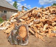 Axe in log Royalty Free Stock Photos