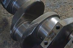 Axeln för pistonger för motor arkivfoton