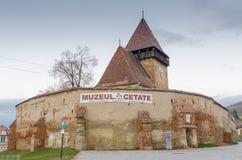 Axente разъединяет церковь-крепость стоковая фотография