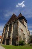Axente avskiljer kyrkan i Frauendorf, Rumänien royaltyfria bilder