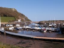 Axmouth hamn i Devon royaltyfria foton