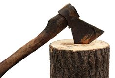 Axt und Brennholz lokalisiert auf einem weißen Hintergrund. Stockbild