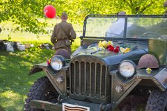 Ay 9, торжество через 73 года после Второй Мировой Войны, людей, цветков Стоковые Изображения RF