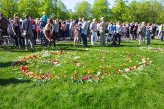 Ay 9, celebración 73 años después de la guerra mundial 2, gente, flores Imagenes de archivo