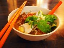 Ayam Laksa den Melaka maten på den Jonker gatan, Malaysia fotografering för bildbyråer