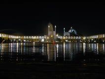 Ayatollah Khomeini-Quadrat und Moschee an der Nachtbeleuchtung, Isfahan der Iran stockbilder