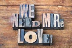 Ayez besoin de plus de bois d'amour Images libres de droits