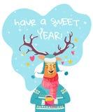 Ayez une carte de Noël douce d'année avec le caractère mignon de renne illustration libre de droits