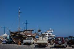 Ayia Napa、塞浦路斯、渔船和游艇 免版税库存图片