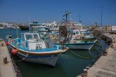Ayia Napa、塞浦路斯、渔船和游艇 库存照片