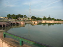 Ayodhya- A kijkt van Ram ki-Pauri Stock Fotografie