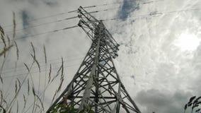 Ayuda eléctrica de los cables de transmisión de alto voltaje Industria energética almacen de video