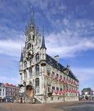 Ayuntamiento antiguo en la plaza del mercado, Gouda, Países Bajos Imagenes de archivo
