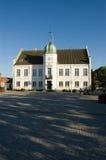 Ayuntamiento Dinamarca Maribo y cuadrado importante Fotografía de archivo libre de regalías