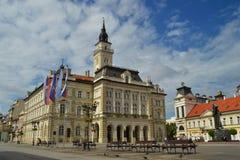 Ayuntamiento en el centro de Novi Sad Imagen de archivo