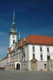 Ayuntamiento en el cuadrado principal de Olomouc Imágenes de archivo libres de regalías