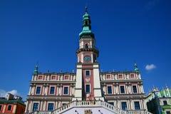 Ayuntamiento en Zamosc Fotos de archivo