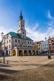 Ayuntamiento histórico en el mercado principal en Gliwice Imagen de archivo libre de regalías