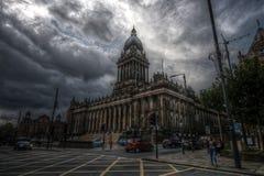 Ayuntamiento Leeds en clima tempestuoso Fotografía de archivo