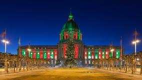 Ayuntamiento San Francisco durante la Navidad Fotografía de archivo