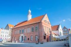 Ayuntamiento viejo en la ciudad vieja de Olsztyn imagen de archivo libre de regalías