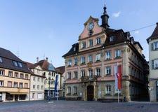 Ayuntamiento y plaza del mercado del gmund suabio de la ciudad en el rttemberg Alemania del ¼ de Baden-wà foto de archivo libre de regalías