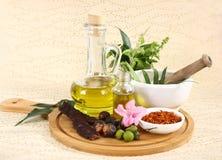 Ayurvedic olej w Szklanej butelce lub Ziołowy Włosiany olej z ziele obrazy royalty free