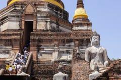 Ayuthaya Tailândia - september14,2017: grande número de atração turística ao chaimongkol um de yai do wat da viagem popular do mo imagens de stock royalty free